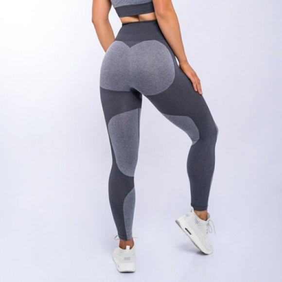 top-rated authentic hot-selling fashion rich and magnificent Brand New High Rise Grey Moto Workout Leggings Boutique